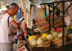 marché hebdomadaire de Gréoux